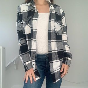 Straight Faded | Black & White Plaid Button Up Top